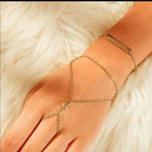 Jewelry - 🆕 Bar Finger Chain Bracelet